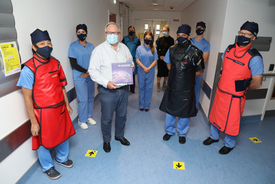First commercial implantation of the HT Supreme DES at National University of Ireland Galway with members of the Galway University Hospital cath lab team, SINOMED and Synapse team (from left to right): Yoshinobu Onuma, Julie Aimonetti, Prof. Patrick W. Serruys, Eithne Dillion, Alicia Murray, Anna Townsend, Prof. Faisal Sharif, Robbie Dolan, Alain Aimonetti.